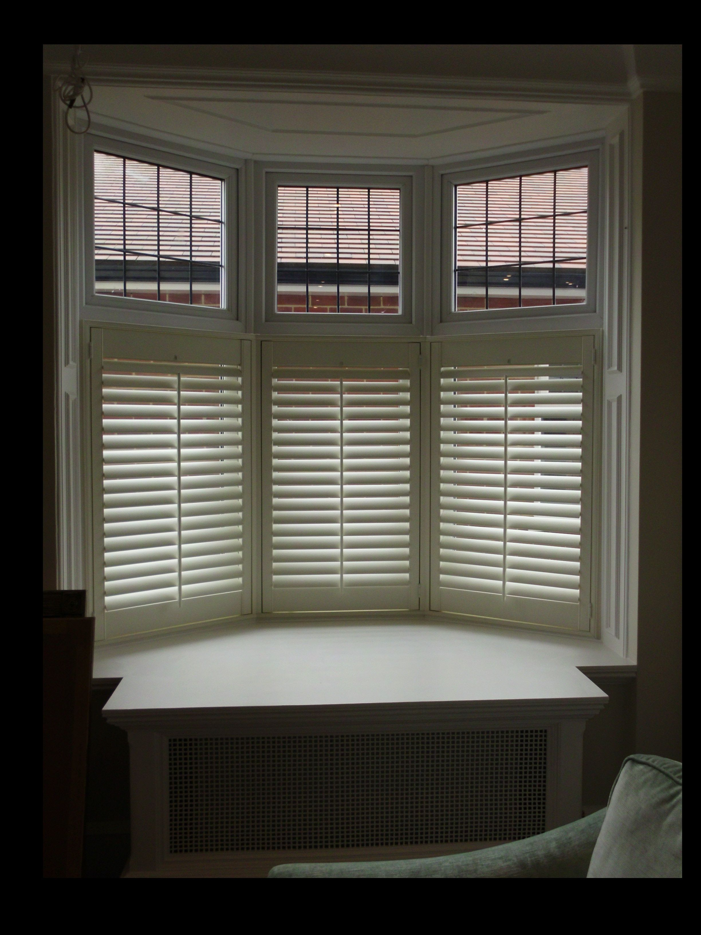 A Three Sided Bay Window With Cafe Style Shutters And Centre Tilt Rods Cafe Style Shutters Cafe Style Bay Window