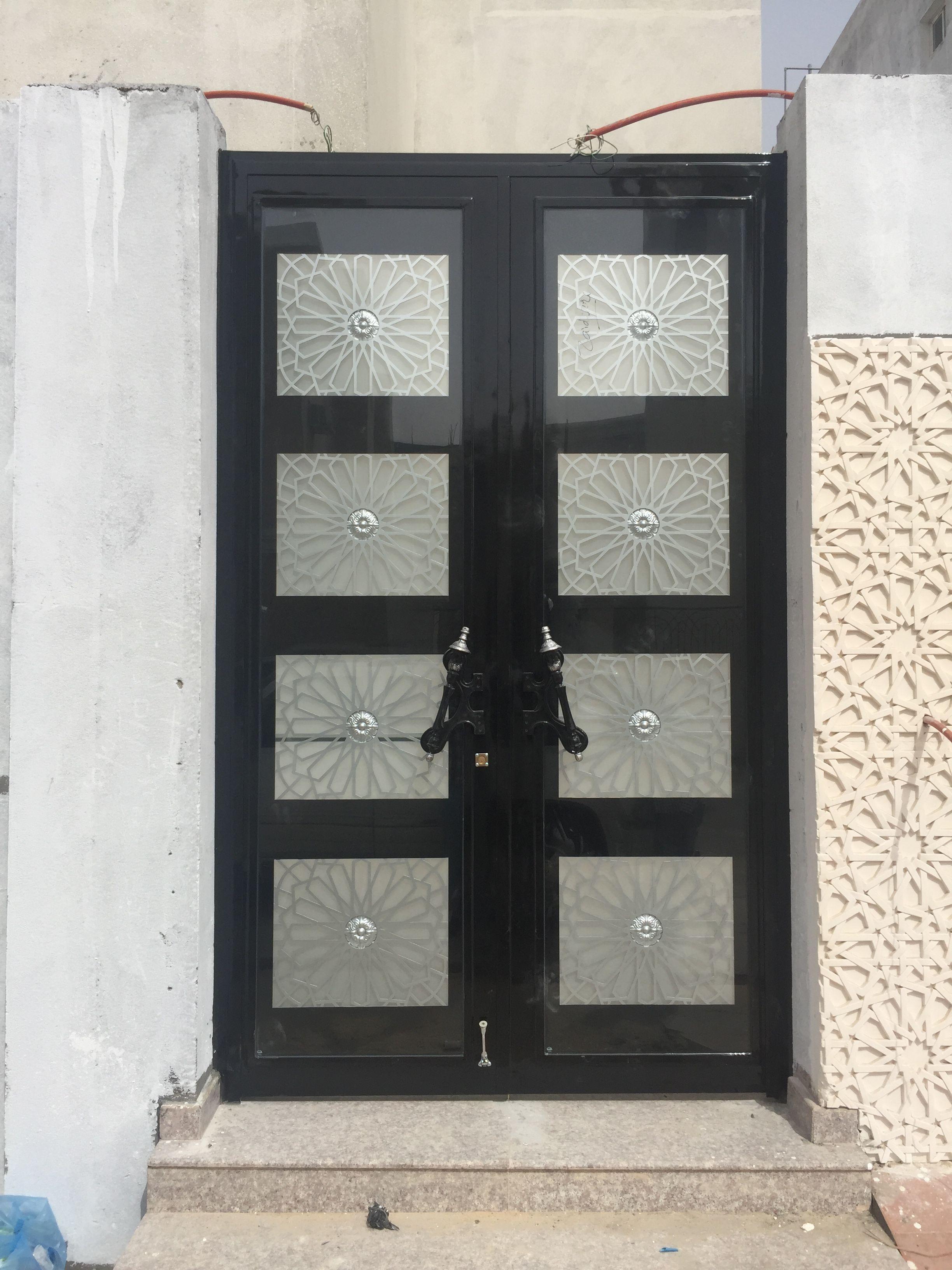 Pin By ابواب درج حديد القصور الذهبية On ابواب خارجية Home Decor China Cabinet Decor