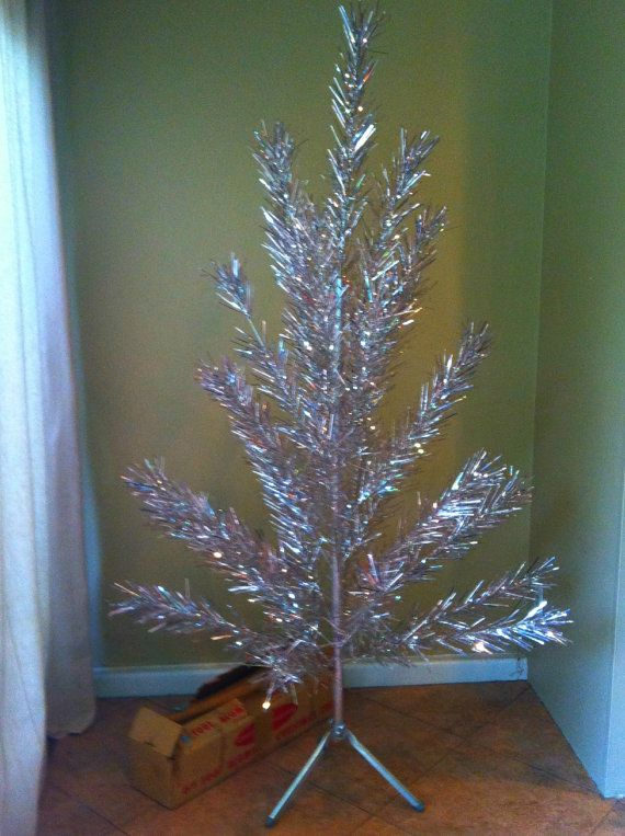 Authentic Vintage Aluminum Silver Christmas Tree 6 12 Ft Tall We