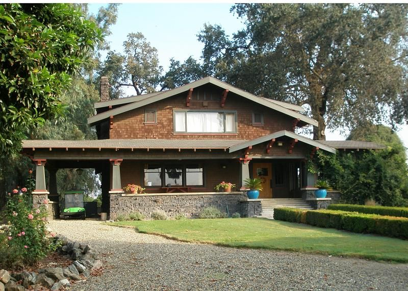1908 Craftsman Bungalow  Exeter, California #craftsmanstylehomes