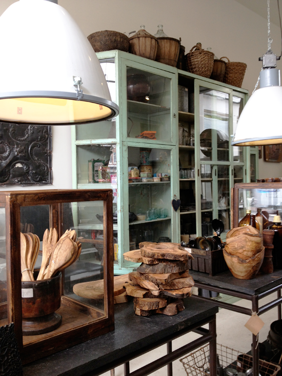 Interieur winkel RAW MATERIALS the home store in Amsterdam ...