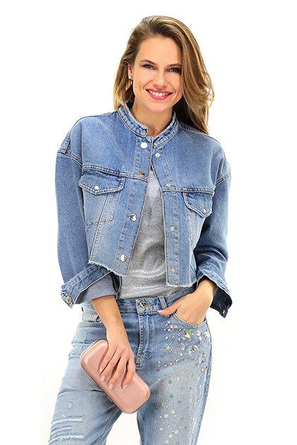 Giacca di jeans con taschini Donna