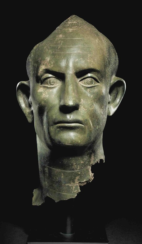A ROMAN BRONZE PORTRAIT HEAD OF A MAN - CIRCA SECOND ...