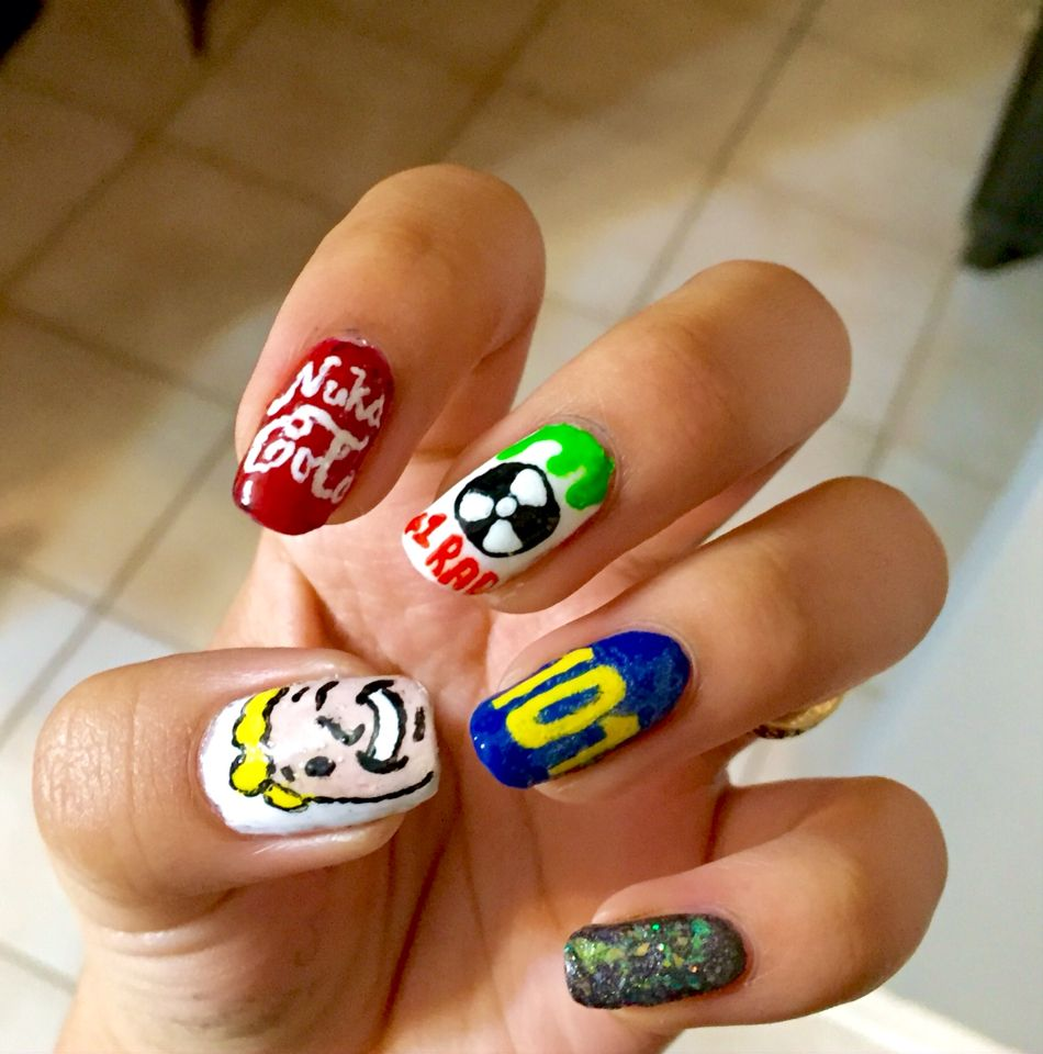Fallout nails | Nail art by me | Pinterest | Fallout and Makeup