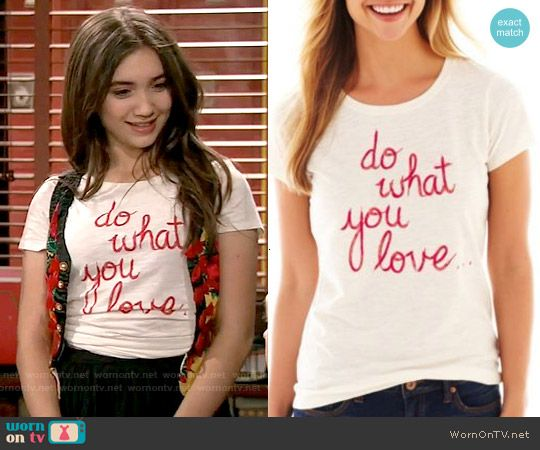 """Riley's 'Do what you love"""" tee on Girl Meets World.  Outfit Details: http://wornontv.net/53994/ #GirlMeetsWorld"""