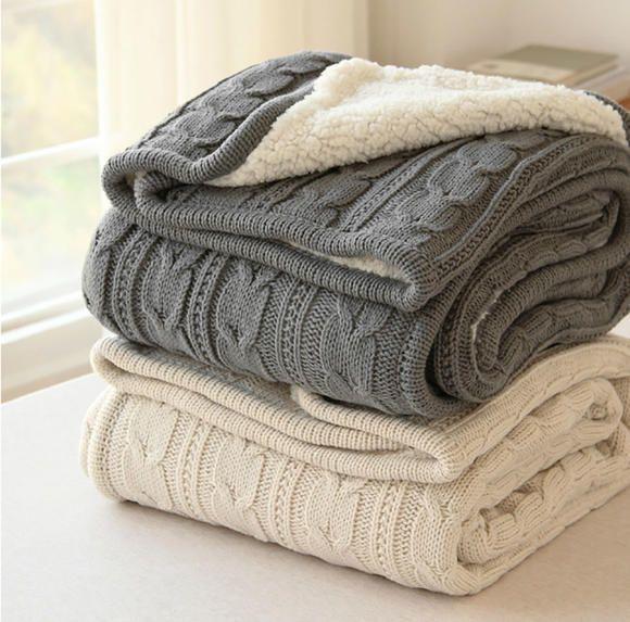 Kuscheldecke beige oder grau | Stricken | Pinterest | Wolldecke ...