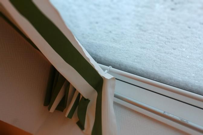 die obi selbstbauanleitungen gardinen f r dachfenster. Black Bedroom Furniture Sets. Home Design Ideas