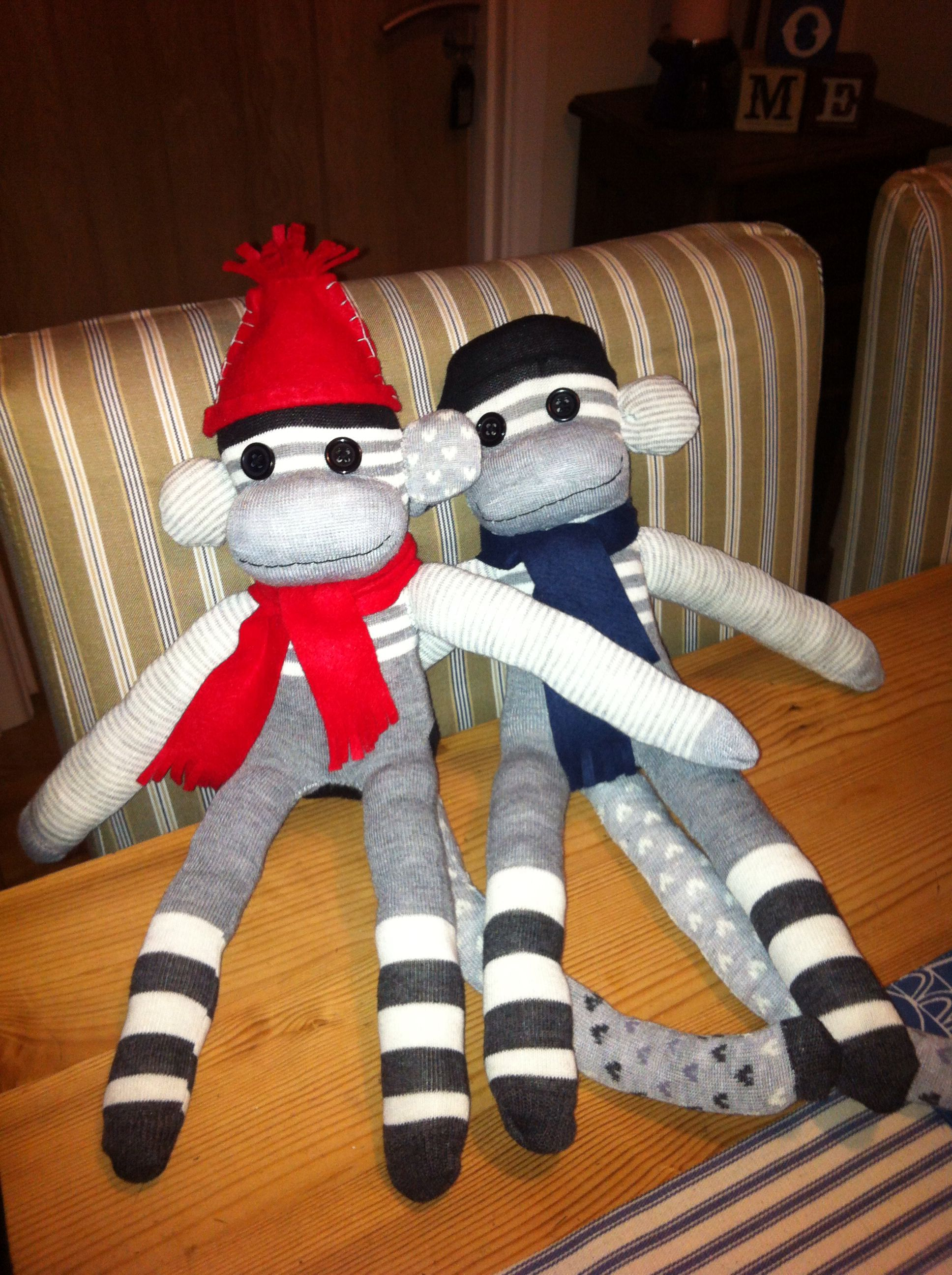 My first attempt at making sock monkeys for the boys. Hats and scarfs made from felt to keep them warm.
