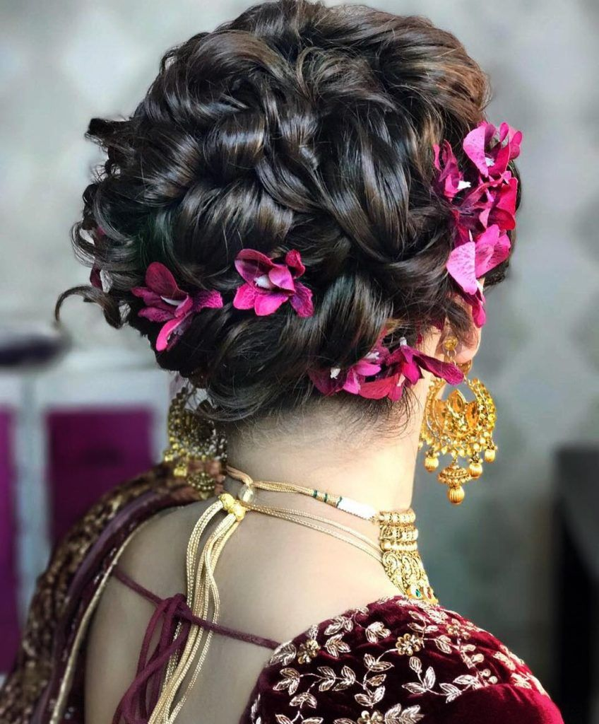Messy Hairstyles For Saree Messy Bun Hairstyle For Party/Functions For Lehenga , Saree , Suits ...