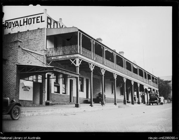 Royal Hotel In Gosford Central Coast Of New South Wales Ca 1925