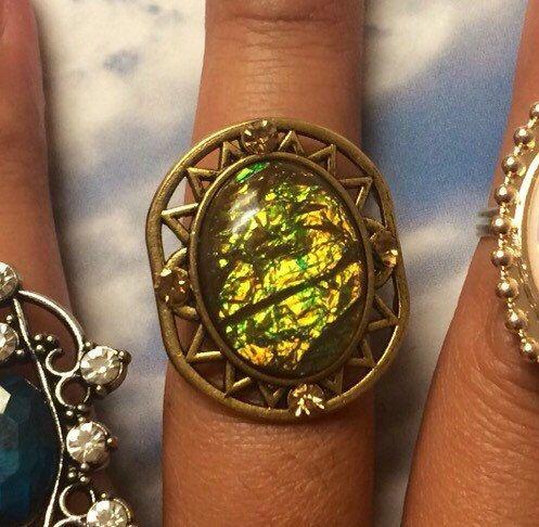 Statement ring, crystal, stone, amethyst, grunge, hipster, statement , gemstone, turquoise, boho, gypsy, bohemian, adjustable, ring, midi