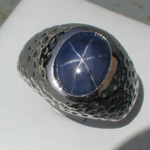 Resultado de imagen para colored star sapphire rings