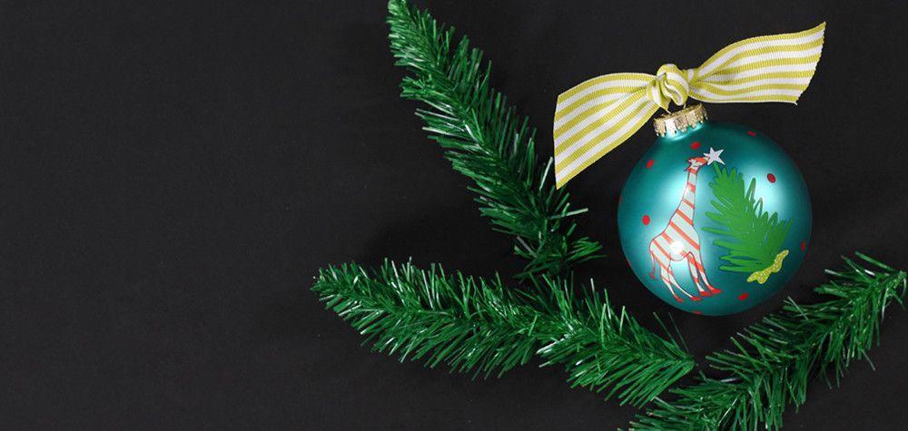 Christmas Critters Giraffe Glass Ornament