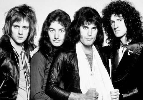 Queen- the whole band