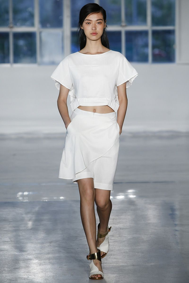 Zero + Maria Cornejo Spring 2015 RTW – Runway – Vogue: Love this, I just have to loose 10lbs or so
