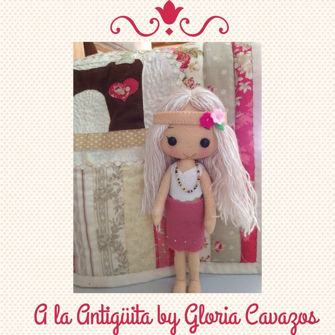 A la Antigüita by Gloria Cavazos muñeca de trapo