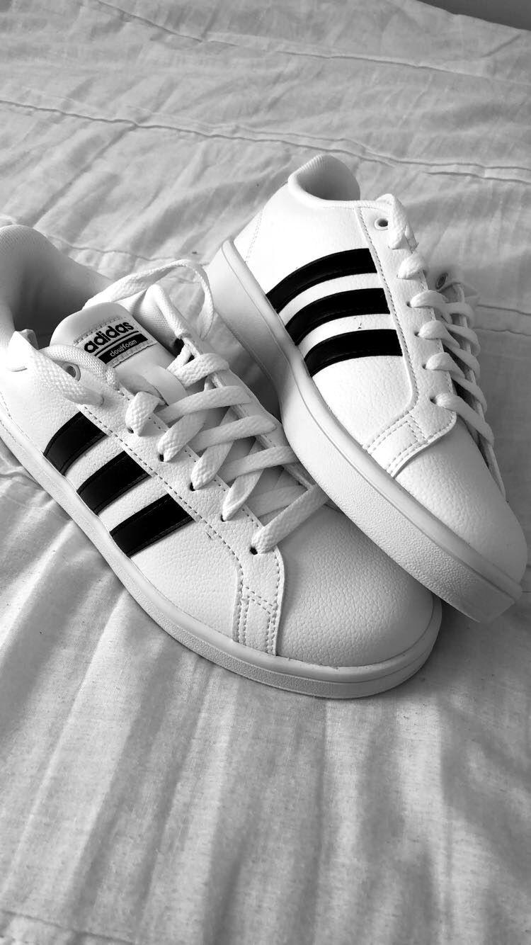 Tênis Feminino Adidas Superstar Vulc ADV WhiteBlack