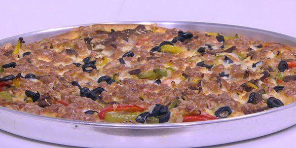 Cbc Sofra طريقة عمل بيتزا بشاورما اللحمة نجلاء الشرشابي Recipe Food Breakfast Oatmeal