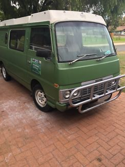 Nissan Urvan 1985 Pop Up Roof Camper Van