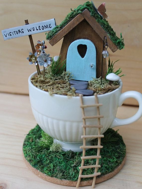 This Desktop Fairy Garden is reversible! Perfect for a busy office or just to add a little whimsy to your day. When your day is not so hectic,