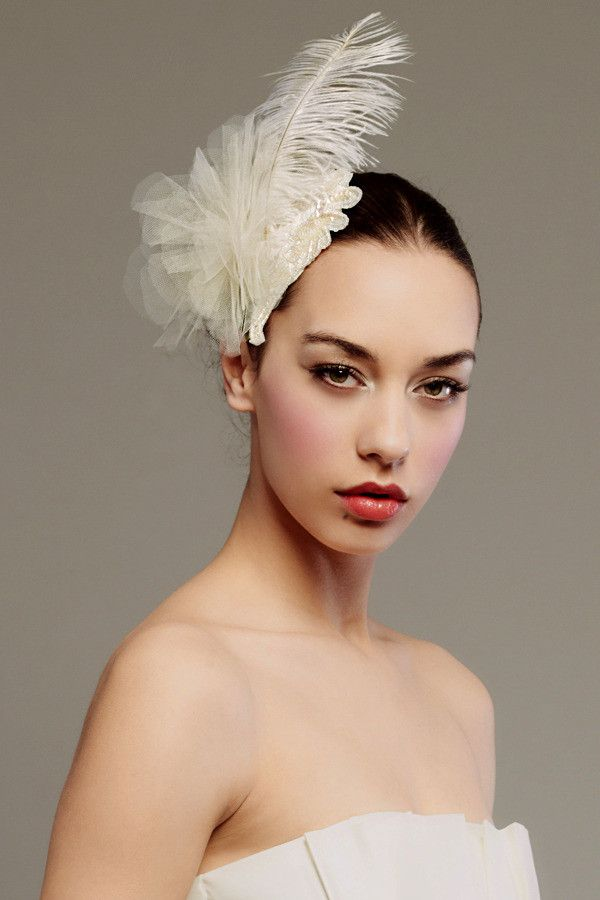Ostrich feather and tulle petals fascinator - Style #0040 #fascinatorstyles