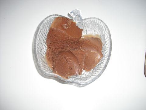 Gelato al doppio cioccolato con latte condensato (cremosissimo e cioccolatoso!)