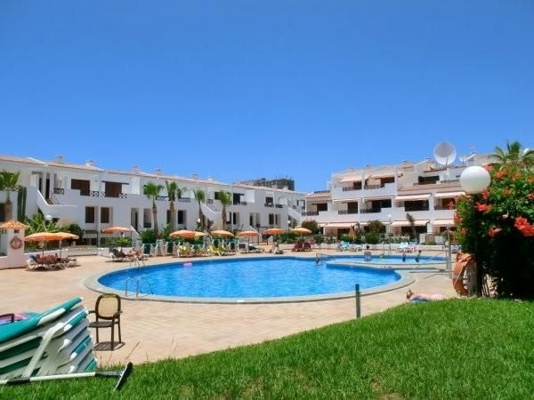 2 bedroom Apartment property for sale in Los Cristianos, Tenerife, €165,000