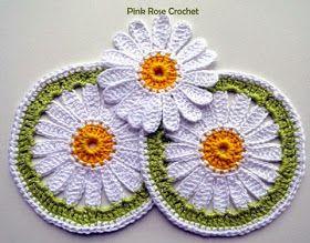 Hobby lavori femminili ricamo uncinetto maglia mattonella