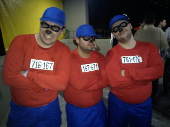 Diy Beagle Boys Costume Boy Halloween Costumes Boy Costumes