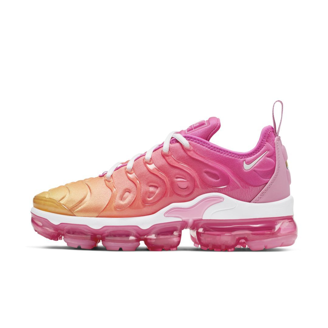 Nike Air VaporMax Plus Women's Shoe Size 6.5 (Laser Fuchsia ...