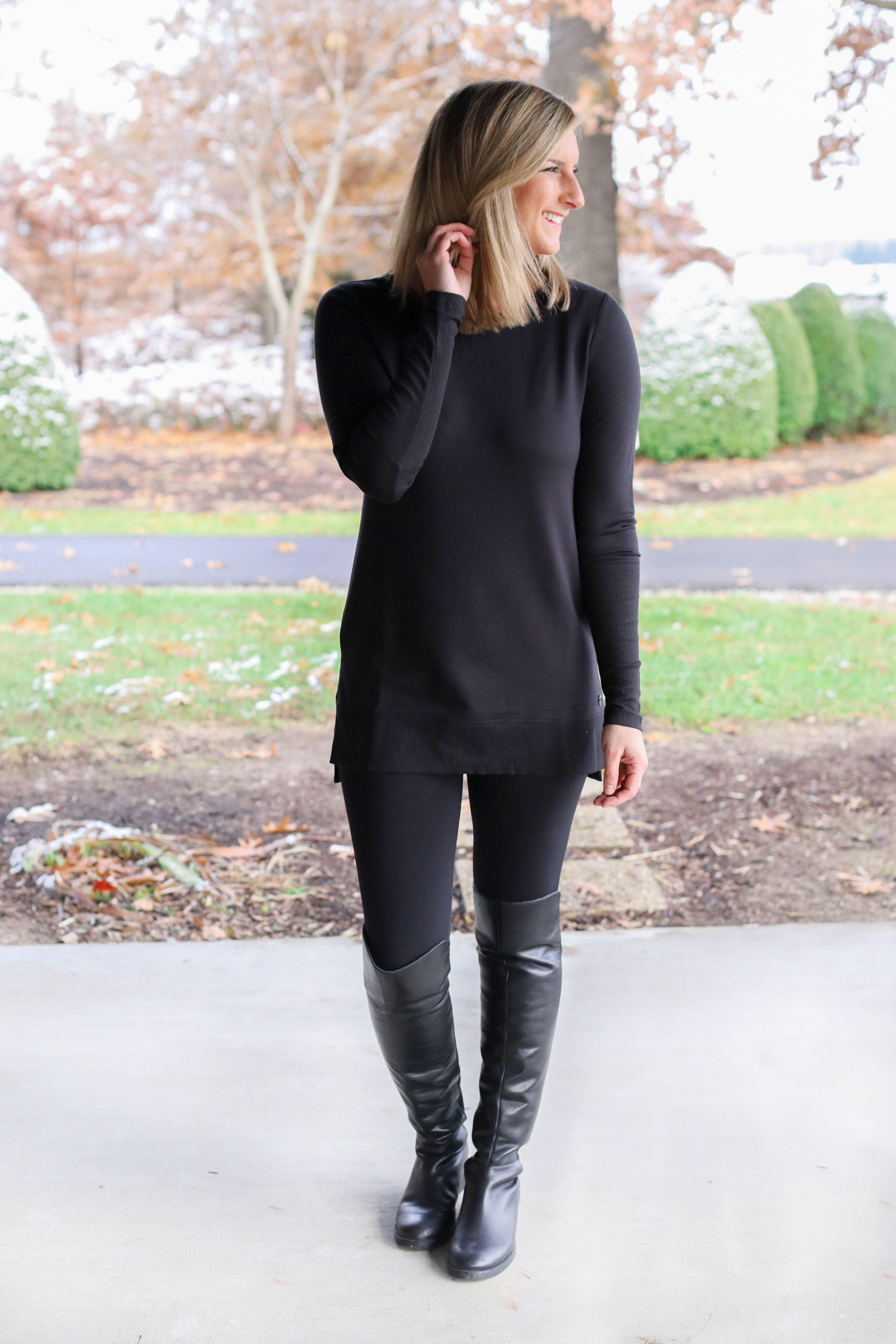 Black Combination Outfits With Leggings Black Tunic Outfit Black Leggings Outfit [ 5720 x 3813 Pixel ]