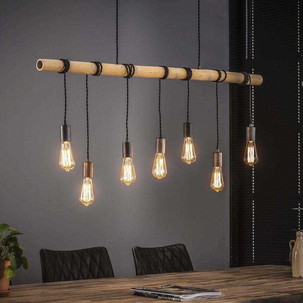 Lampen aus Naturmaterialien wie Holz sind schon lange Zeit