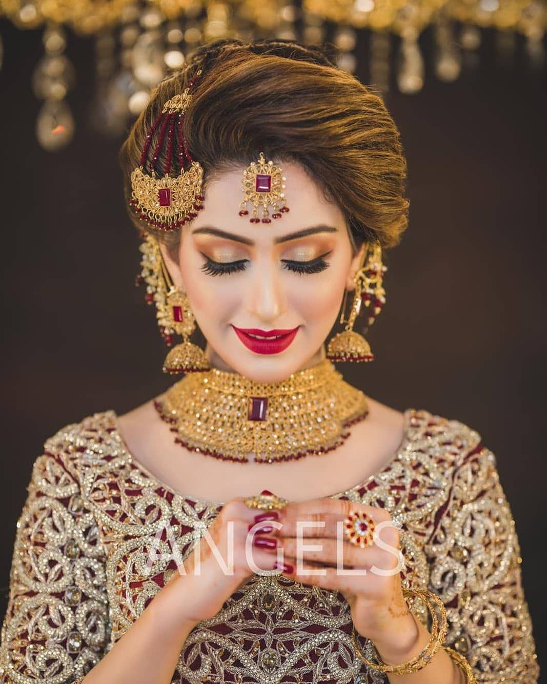 5 050 Likes 6 Comments Dulha Dulhan Dulhaanddulhan On Instagram Contact Us F In 2020 Pakistani Bridal Makeup Pakistani Bridal Hairstyles Bridal Makeup Looks