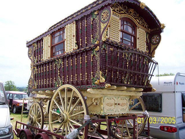 Appleby 2007 gypsy bowtop caravan horse fair. #caravan #wagon #roulotte #transport