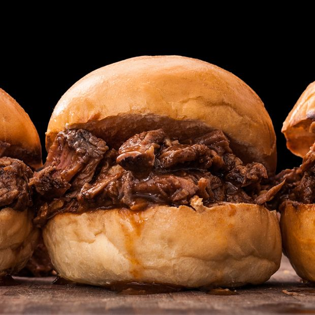 An easy slow cooker BBQ beef sandwiches recipe.