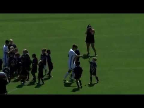Steven Gerrard and Robie Keane vs 30 kids https://www.youtube.com/watch?v=rJNUqIELfyw&feature=youtu.be Love #sport follow #sports on @cutephonecases