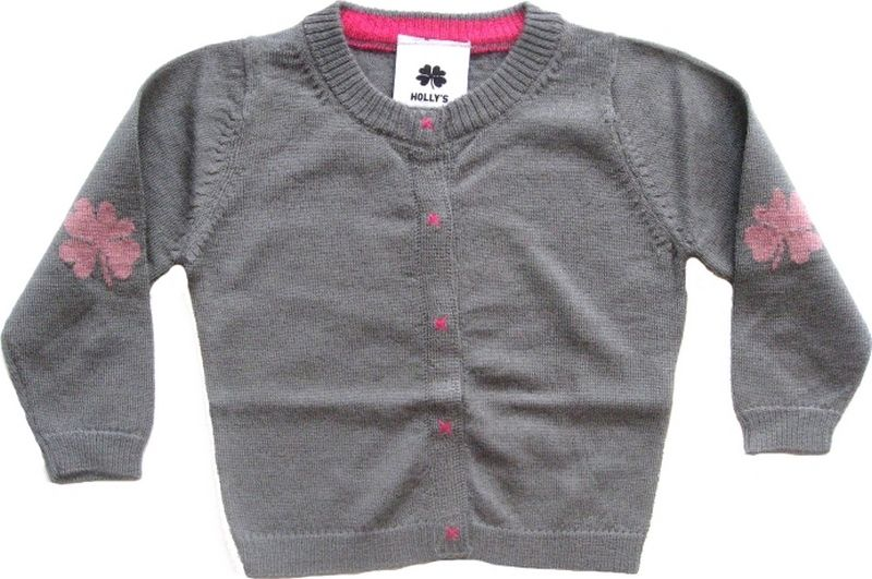 cardigan in merino wool for kids from the Danish brand Holly's.
