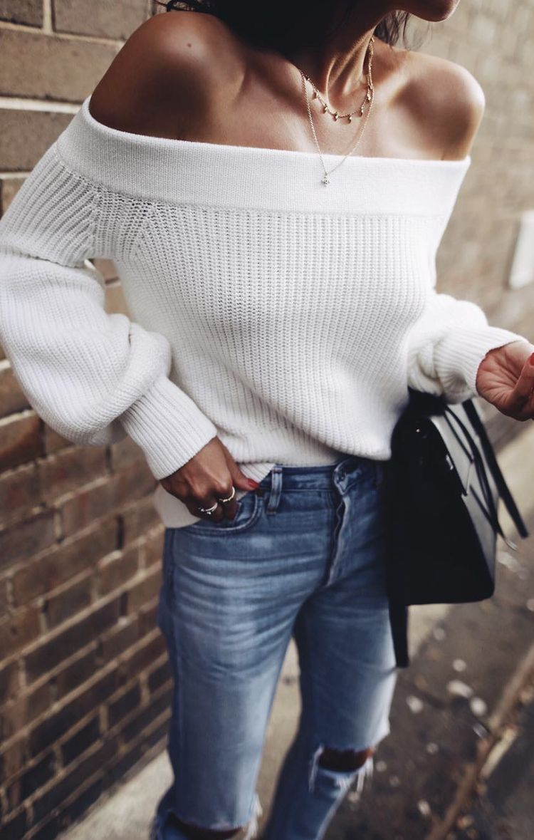 3b9d97e2a282 White off the shoulder sweater.
