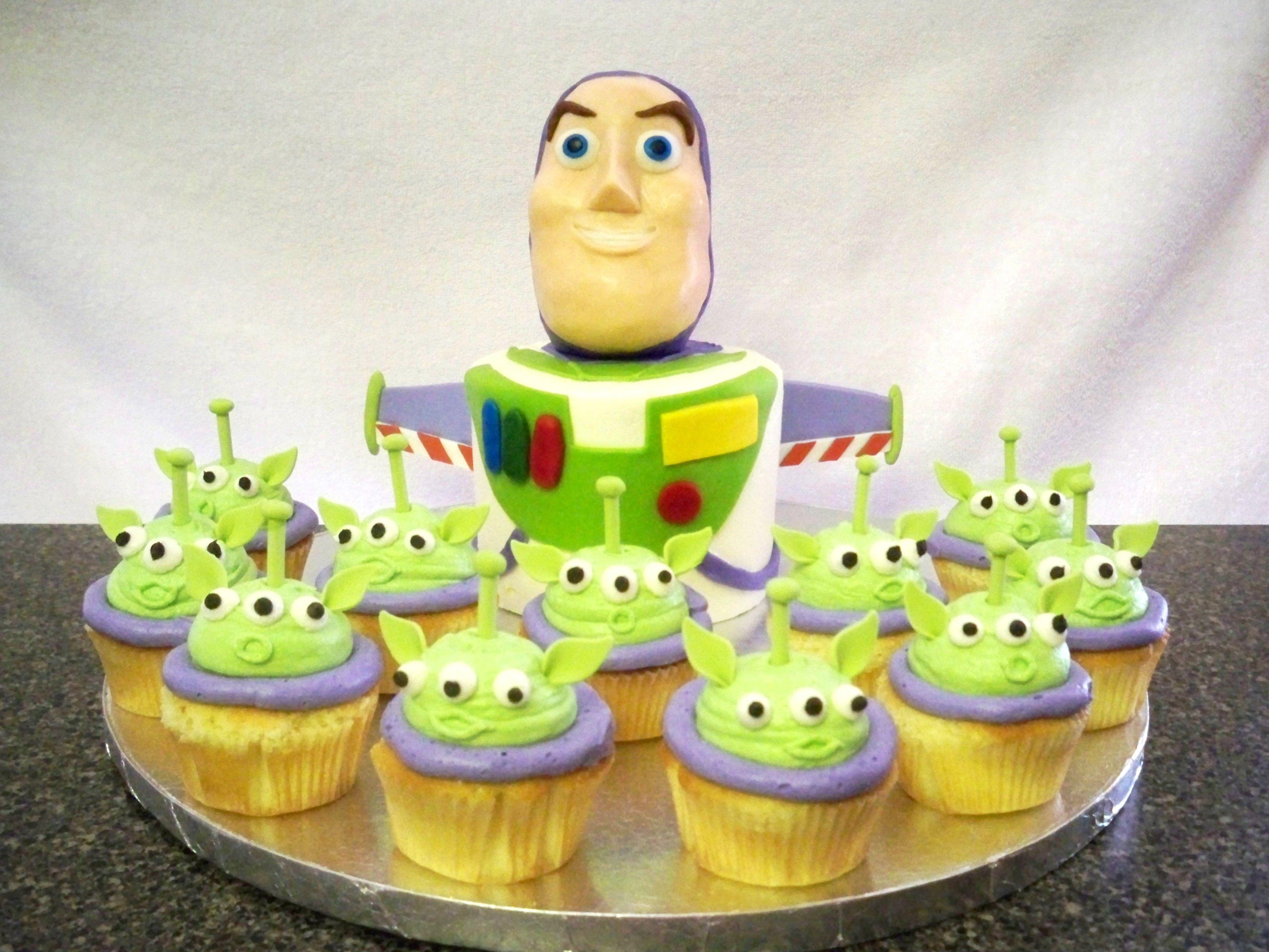 Buzz Lightyear Cake And Alien Cupcakes Contemporarycakery