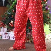 Taylor's Adult Pajama Pants - via @Craftsy