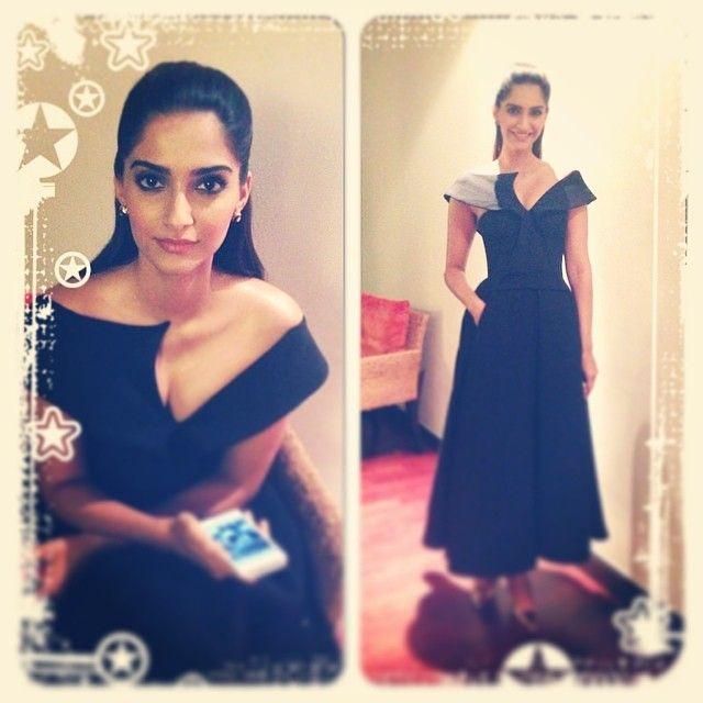 The so pretty @sonamkapoor in dubai for femina india ... ❤️❤️❤️