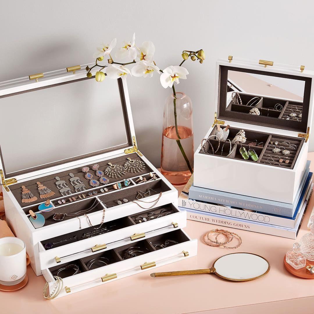 Kendra scott 12 days of joy jewellery storage kendra