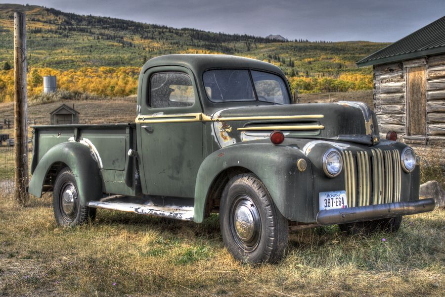 Old Truck, Montana | HdR, Montana and Ford