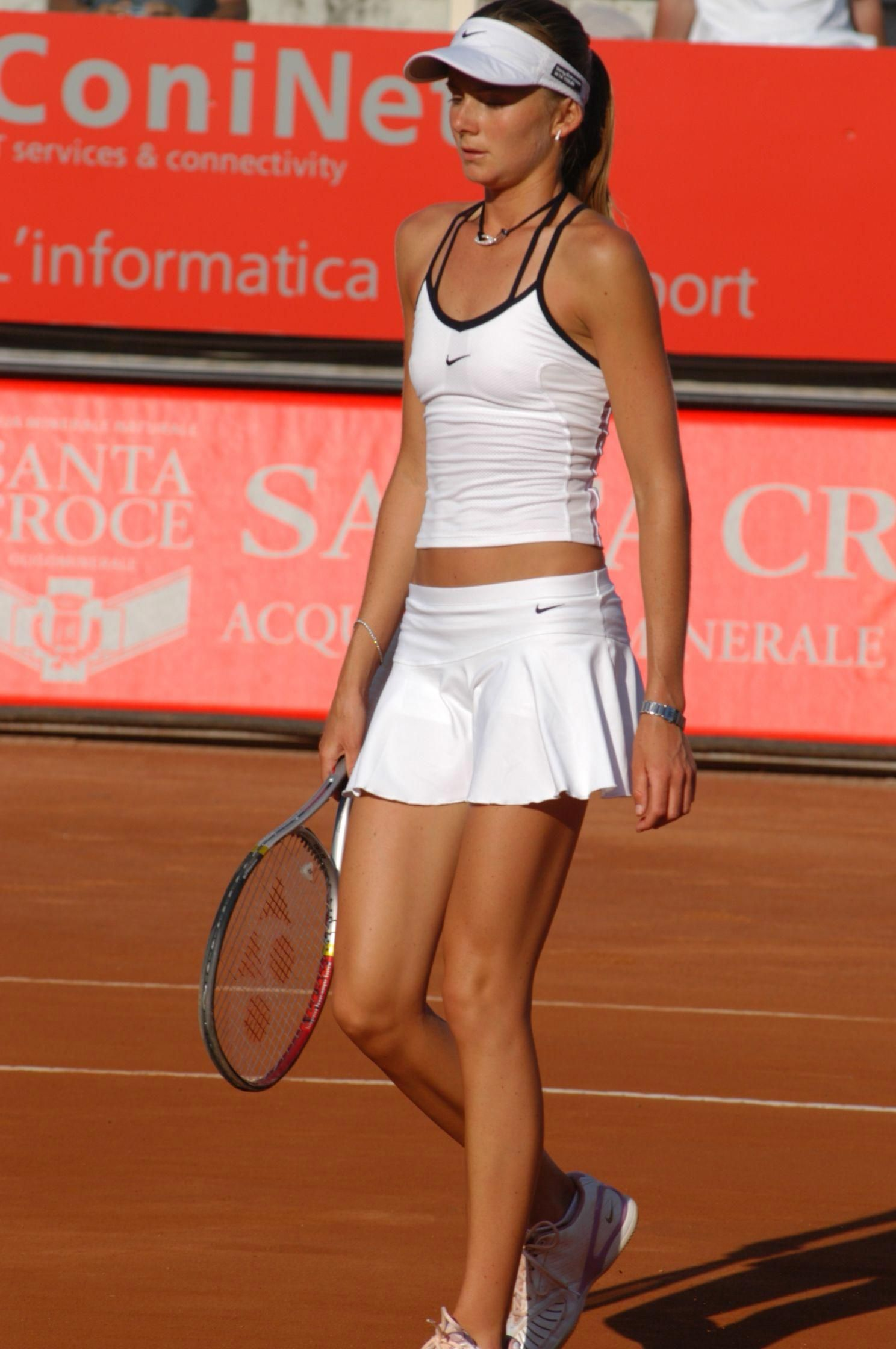 Daniela Hantuchova Playing The Sport She Loves Tennis Wta Hantuchova Tennisoutfit Tennis Outfit Women Tennis Players Female Tennis Clothes