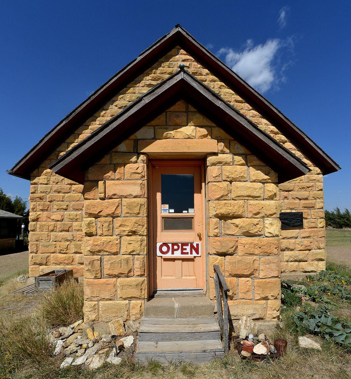 Chuck Bonner And Barbara Shelton S Keystone Gallery Near Scott City Kansas Scott City Kansas