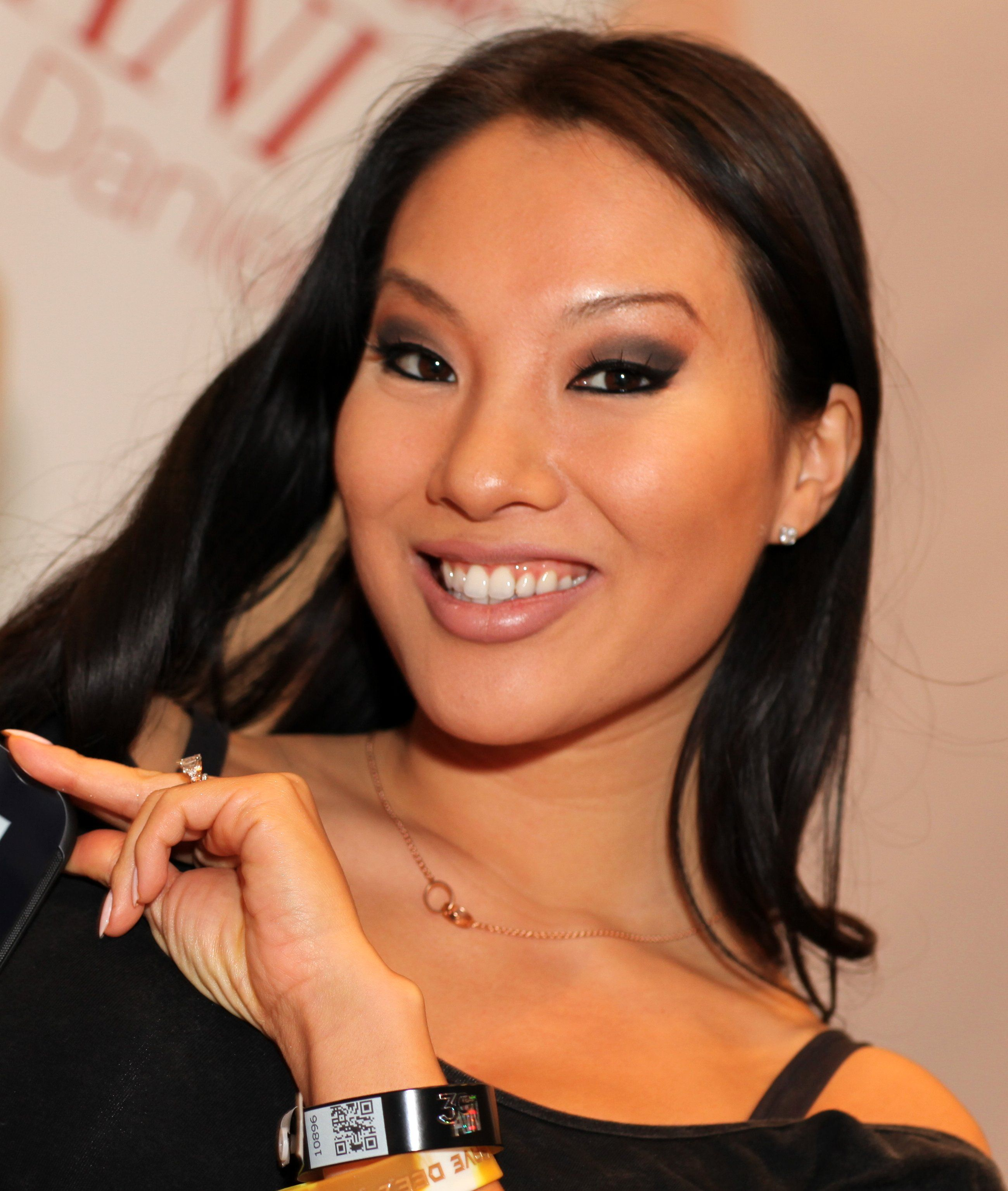 asa akira insatiable book amazon