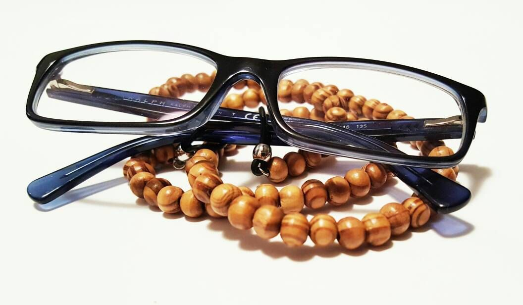 Wooden Beaded Eyeglasses chain by KeenJewelryDesign on Etsy
