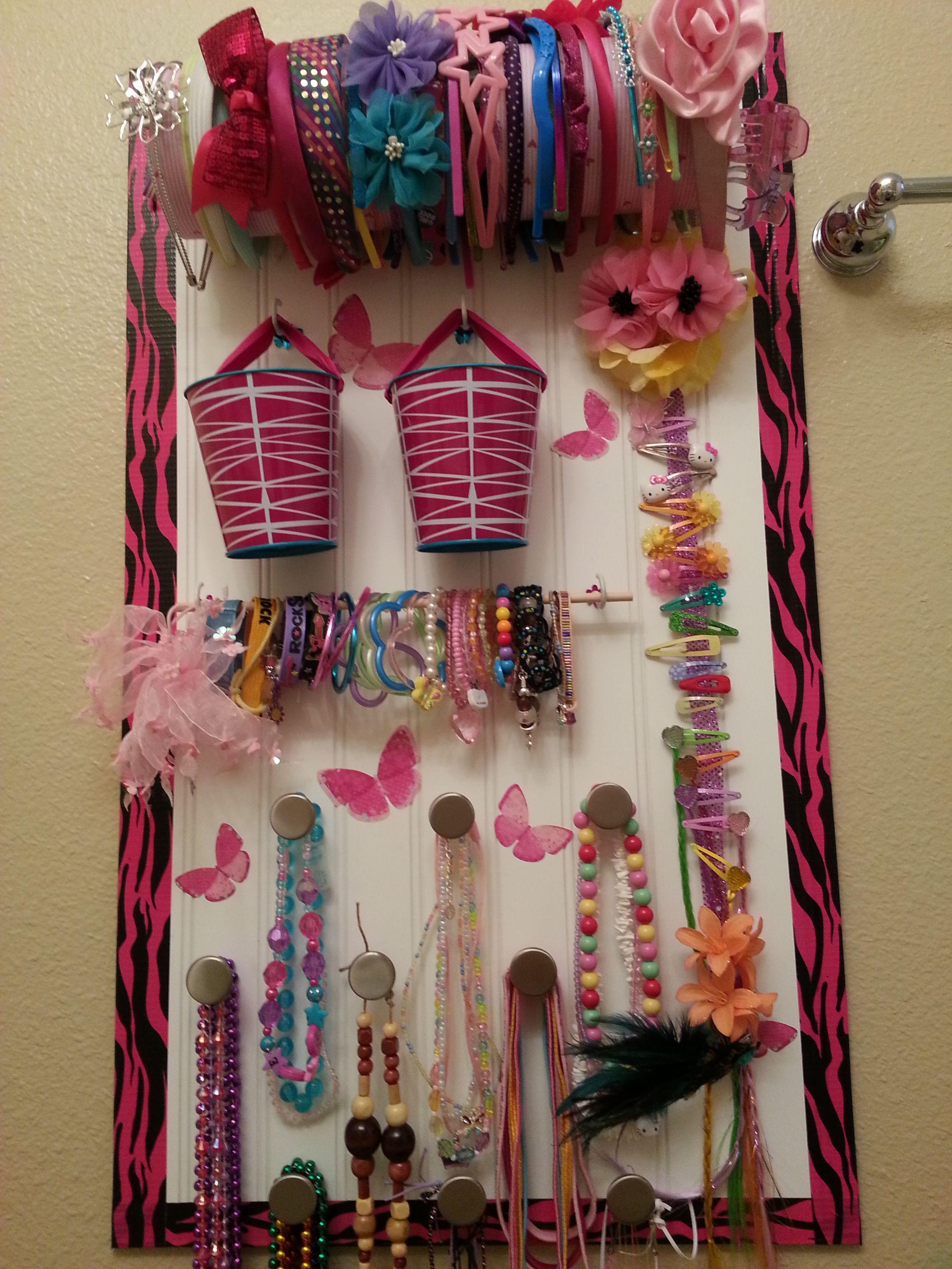 Girls hair accessory organizer.