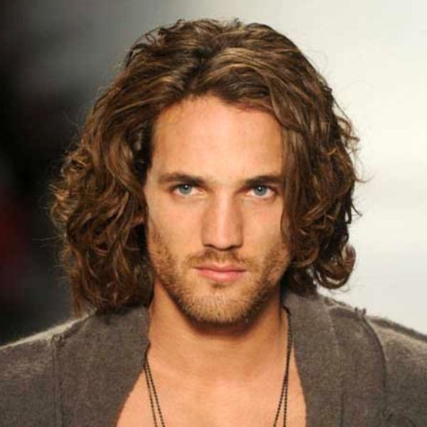 Trendy Long Hairstyles For Men With Thick Curly Hair Casual Mode ...