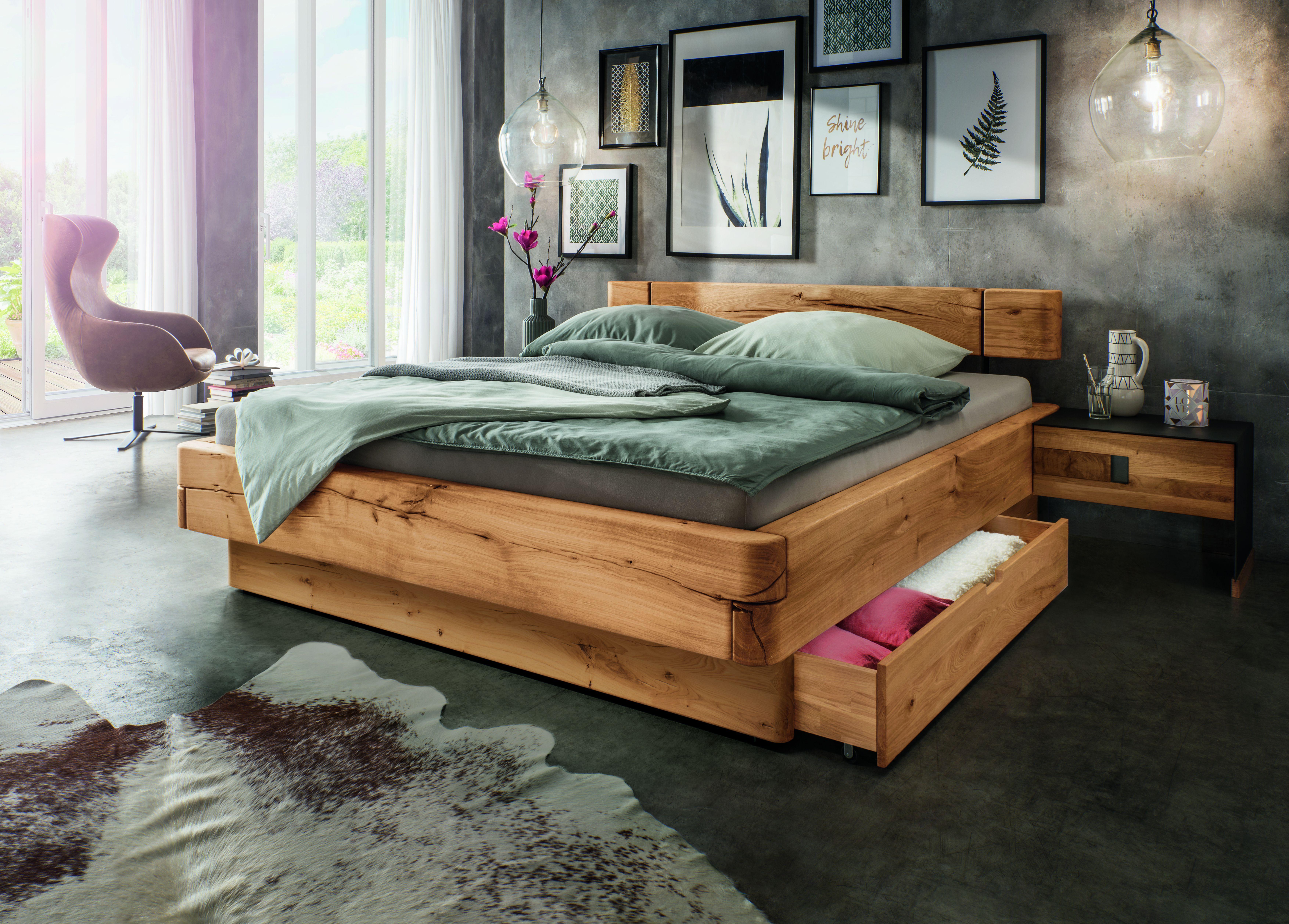 Balkenbett In Massiver Wildeiche Bett Massivholz Bett Bett Mit Schubladen
